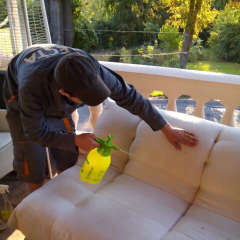 Химчистка мягкой мебели в Одессе